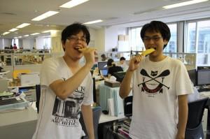Tシャツに、冷凍の果物、、、コドモか!