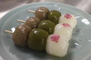 仙太郎さんの「花とだんご」でございます!